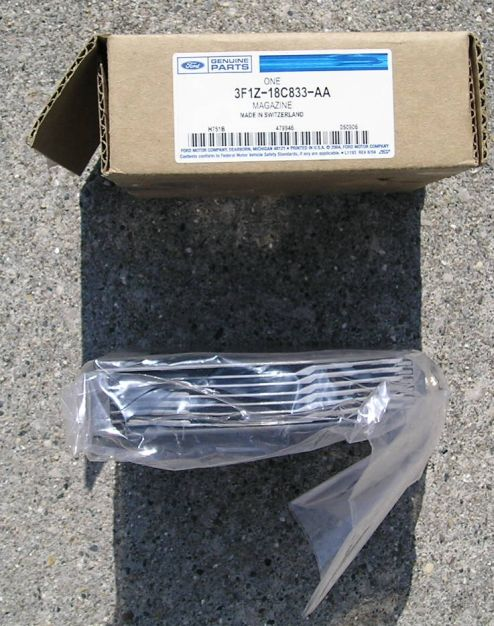 Cd changer magazine body and interior crownvic 50 shipped will negotiate be reasonable serious with your offer sciox Gallery